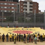 Mani el 5-jun-2011, gran pancarta antinuclear
